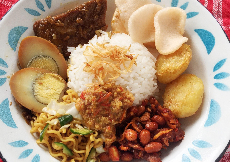 Cara Membuat Nasi Uduk Praktis Dengan Rice Cooker