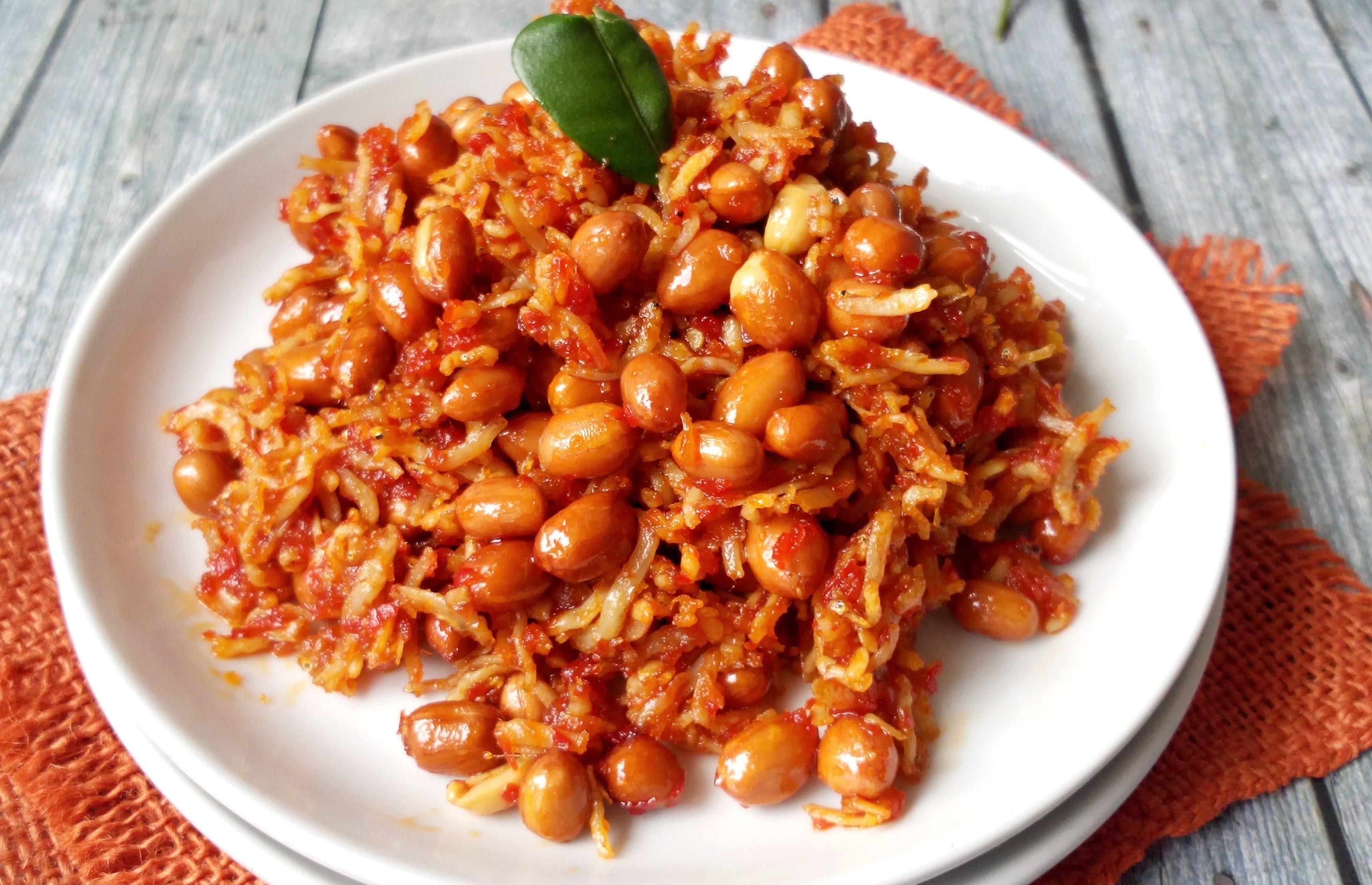 Sambal Kacang Spesial Nasi Uduk Betawi